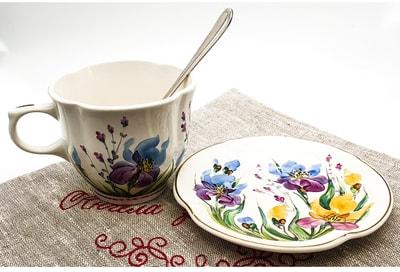 """Чайная пара """"Цветы"""", краски, золото с рельефным рисунком """"Ирисы"""" (фото, Чайная пара"""
